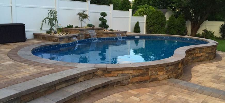 devis construction piscine semi enterree Maine-et-Loire